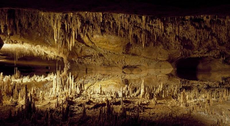 El mito de la caverna, Platon, resumen, explicacion, que es