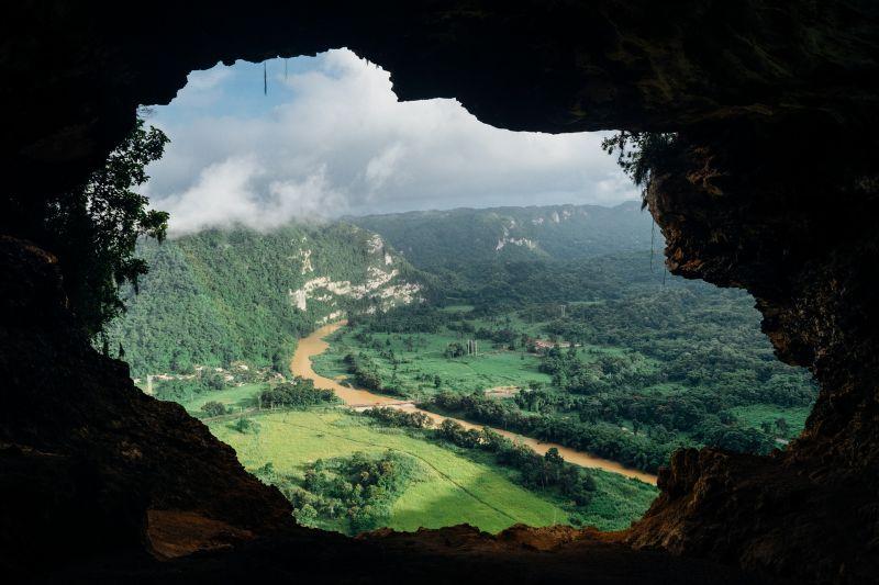 Platón, mito de la caverna
