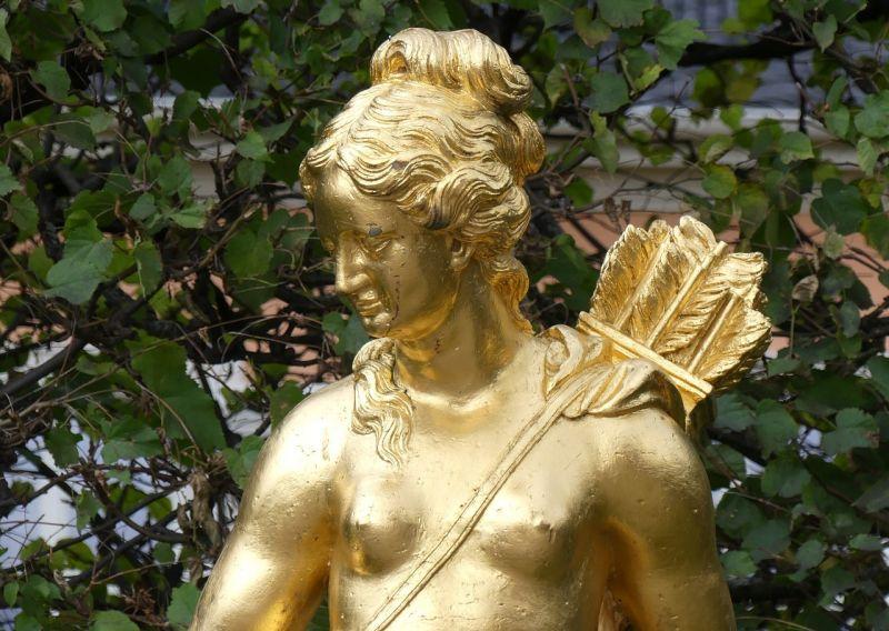 Artemisa Diosa griega, quíen fue, relación con orión, mitologia y leyenda